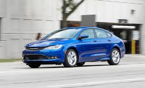 2015 Chrysler 200S V-6 AWD Test | Review | Car and Driver