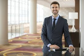 Hotel Manager 7 Traits Of A Top Hotel Manager