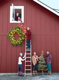 50+ Festive Do-It-Yourself Christmas Wreath Ideas