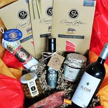 the bellota box spanish food and wine gift box