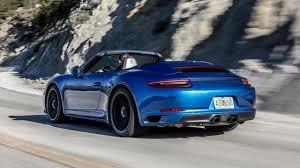 I vertici di stoccarda, infatti, dopo aver progressivamente trasformato la 911, nel corso degli ultimi quarant'anni, da modello obsoleto e. 2018 Porsche 911 Carrera Gts First Drive Better In All The Right Ways