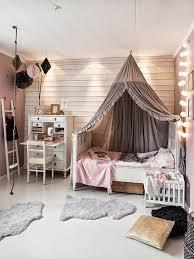 20 chambres d'enfants qu'on aurait ador avoir. Kids Bed CanopyGirls Bedroom  CanopyPink Bedroom For ...