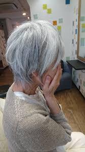 60代女性の白髪が似合う髪型ショート 大人女性の髪型心理サイト Max戸来