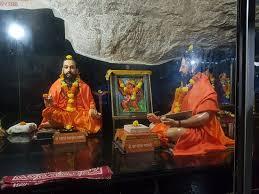 Statue Of Ramdas Swami Explaining To His Pet Follower Kalyan Swami
