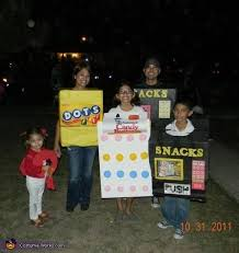 Diy Vending Machine Costume Beauteous Vending Machines Candy Family Halloween Costume Ideas