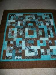 Ripple Lap Quilt | Lap quilts & Bento Box Pattern is another quilt using fat quarters or 2 1/2