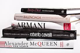 Книги о моде Dior, Balenciaga, Alexander McQueen, <b>Roberto</b> ...
