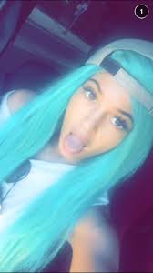 Kylie Jenner Dyes Her Hair Amanda Bynes-Blue Just in Time For ...