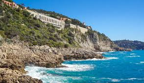 the coast walk from nice to villefranche
