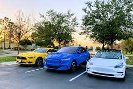 Feb 23, 2021 · car and driver announces the 2021 editors' choice list eric stafford 2/23/2021. Ford Mustang Mach E Named Car And Driver Ev Of The Year Cleantechnica