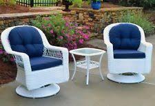 White Wicker Furniture