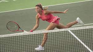 Tennis, WTA Tenerife - Camila Giorgi sopravvive a 2 penalty game e batte  Bolsova: è al 2° turno - Eurosport
