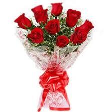 visually stunning arrangement of roses