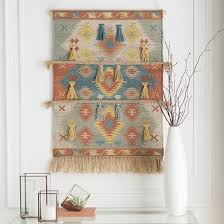 to hang a quilt on a wall in 3 steps