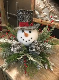 Pin by Twila Knight on SNOWMAN SHOPPE | Christmas centerpieces diy,  Christmas floral, Christmas wreaths