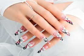 unique nail spa