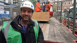Nick Knowles Song In Charts Im A Celebrity Nick Knowles Kids Love Dads Budgie