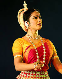 3 indian dance forms to keep you fit odissi 430x550