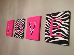 Pink Leopard Print Wallpaper For Bedroom 17 Best Ideas About Zebra Print Walls On Pinterest Zebra Print