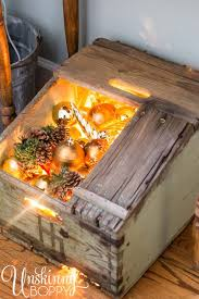 How To Decorate Wooden Boxes 60 Ideas To Decorate Your Home With Recycled Wood This Christmas 41
