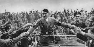 Hitler ria quando o nazismo era confundido com a esquerda