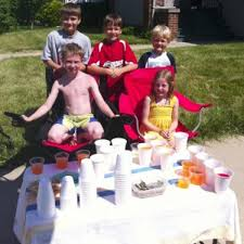 Lemonade stand for cancer cure raises over $1,100 | Local News |  journaltimes.com