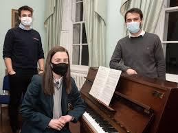 Thornhill College pupil Ava McGinn awarded prestigious Roy Adams Memorial  Piano scholarship | Derry Journal