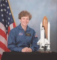 Astronaut Wendy Lawrence, STS-91 Mission Specialist
