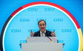 Jan 16, 2021 · born in 1961, armin laschet was first elected to the bundestag (german parliament) in 1994 and his election is seen as a continuation of merkel's policies, as he has pledged to keep the cdu firmly. Die Verkleinerung Von Armin Laschet Capital De