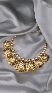Modern Jewellery Design Azva Modern Polki Diamond Jewellery In 2020 Gold Jewellery