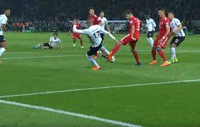 Eintracht Frankfurt gegen FC Bayern München: Umstrittene Elfmeterszene im  DFB-Pokal-Finale