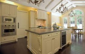 traditional kitchen by canyon design build