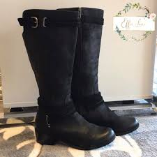Effie Lane - Tall black Ugg boots with their signature shearling insoles  and flannel lining size 8.   Facebook