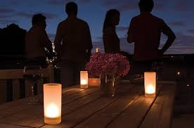 Lanterne Per Esterni Da Giardino : Idee per arredare il balcone di casa