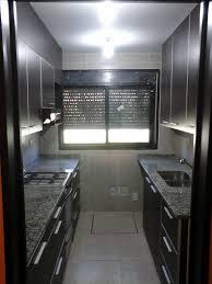 Amoblamiento de cocina superior Melamina Roble Moro Tapacanto de