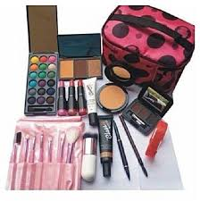 clic makeup val makeup kit with free led watch makeup bag light