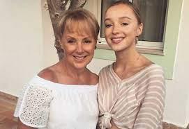 Coronation Street's Sally Dynevor proud as daughter leads Netflix show    Metro News