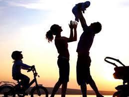 Resultado de imagem para pais e filhos igreja