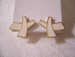 monet beige cross bands clip on earring gold tone vintage swirl stripe