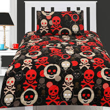 image of skull and crossbones bedding