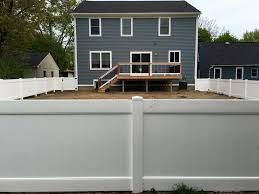 Paramount Fence Vinyl Fence Installation in Michigan