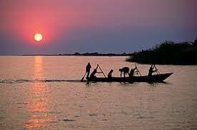 Танганьика Википедия Рыбацкое судно на озере Танганьика