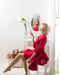 secret of woman in boudoir put on makeup secret of womens beauty