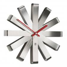 Купить <b>Настенные часы</b> Umbra оптом в Москве - FineDesign