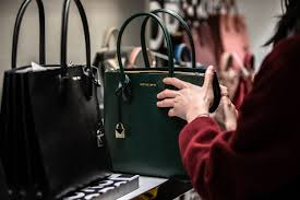 <b>Handbag</b> sales reveal a major shift in where consumers are shopping