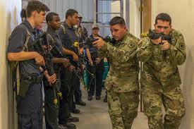 United States Army Military Police School Army Military Police School Hosts Academy To Encourage Students
