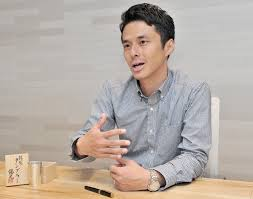 champion of craftsmen on mission to showcase s masters keigo omaki talks about his effort to document s traditional craftsmen online during an interview