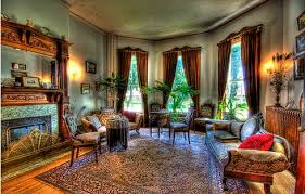 Going Classic: How to accent your home Victorian style
