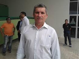 Resultado de imagem para prefeito de santana marcelo arcanjo