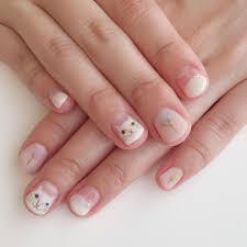 短い爪はこんなに可愛い必見春のショートネイル見本帳 Nail ネコ